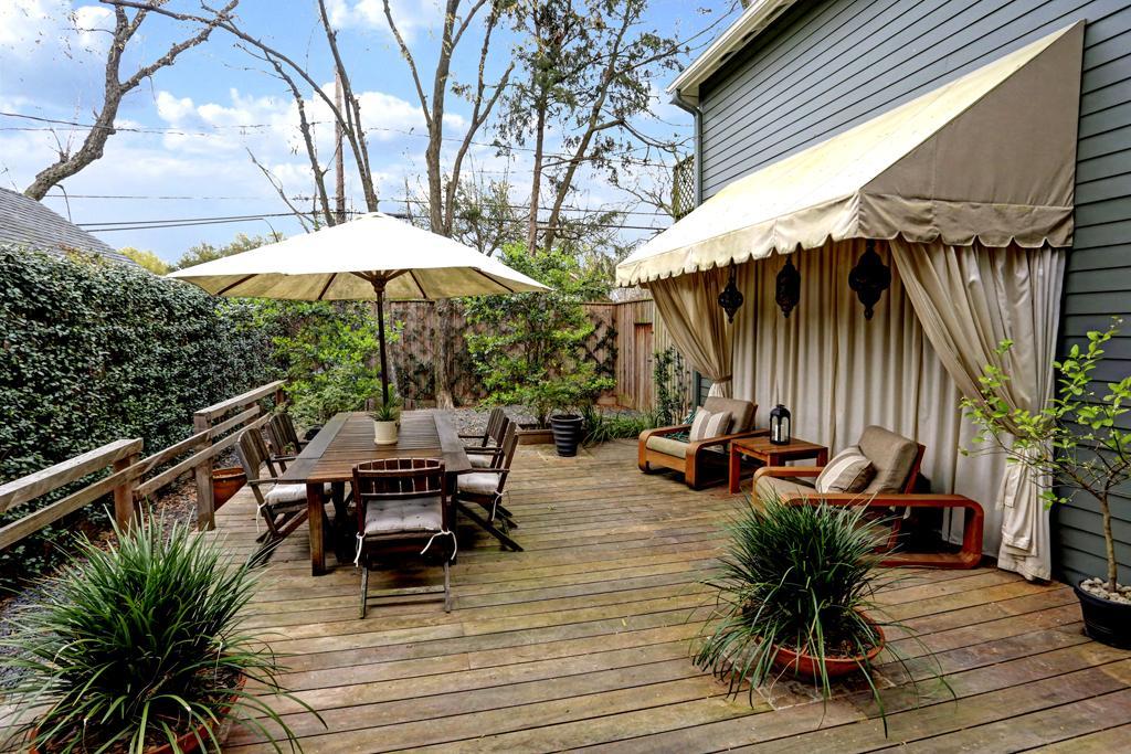 Bois ou carrelage pour la terrasse maison jardin - Terrasse bois ou carrelage ...